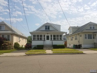Saddle Brook Single Family Home For Sale: 482 Victor Street