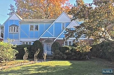 Fair Lawn Single Family Home For Sale: 10-16 Plymouth Drive