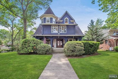 Fort Lee Single Family Home For Sale: 1049 Cumbermeade Road