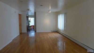 Cliffside Park Condo/Townhouse For Sale: 246 Fulton Terrace