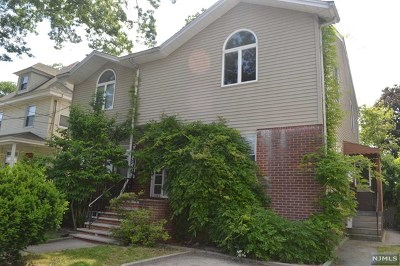 Fort Lee Single Family Home For Sale: 1065 Edgewood Lane