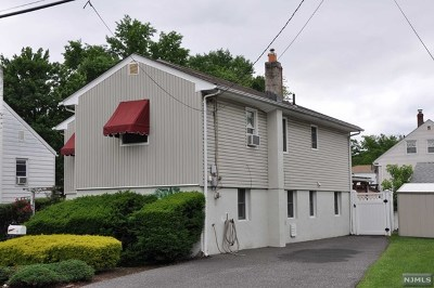 Little Ferry Single Family Home For Sale: 22 Eckel Road