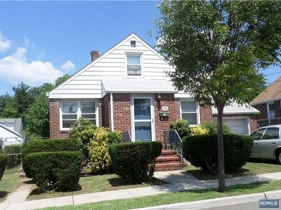 Hasbrouck Heights NJ Single Family Home For Sale: $215,000