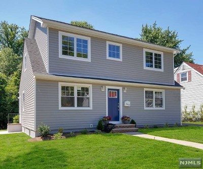 Teaneck Single Family Home For Sale: 642 Howard Street