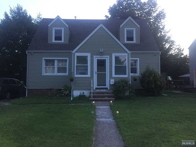 Fair Lawn Single Family Home For Sale: 10-02 3rd Street