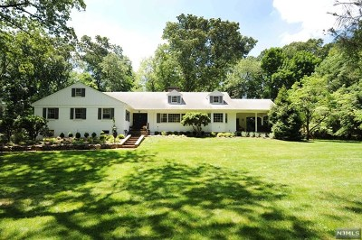 Ho-Ho-Kus Single Family Home For Sale: 371 Wearimus Road