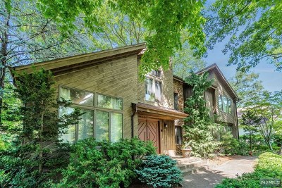 Tenafly Single Family Home For Sale: 51 Bliss Avenue