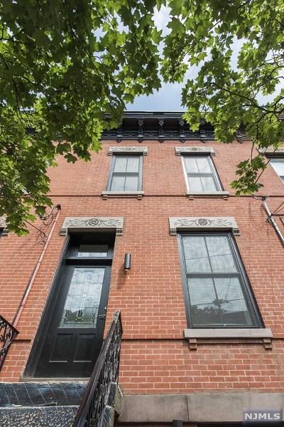 Hoboken Single Family Home For Sale: 1247 Garden Street