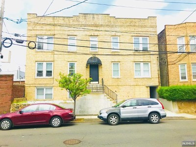 North Bergen Condo/Townhouse For Sale: 1406 8th Street #8