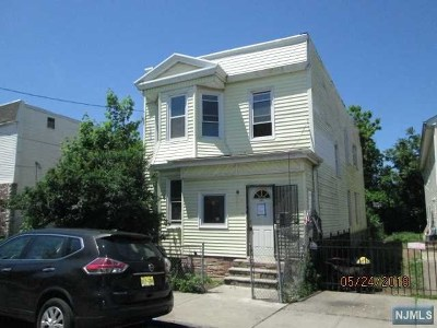 Newark NJ Multi Family 2-4 For Sale: $72,900
