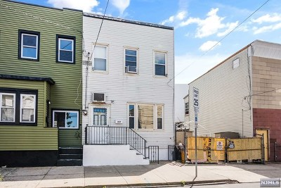 Jersey City Single Family Home For Sale: 237 North Street