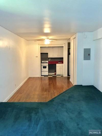 Rental For Rent: 3071 Edwin Avenue #3d