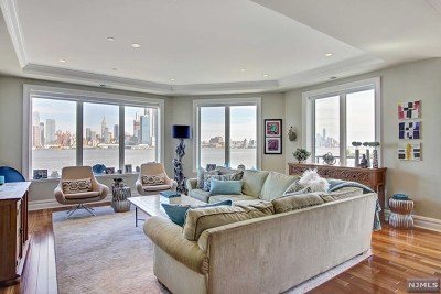 Weehawken Condo/Townhouse For Sale: 250 Henley Place #308