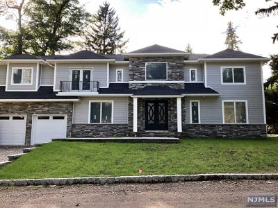Demarest Single Family Home For Sale: 83 Woodland Road