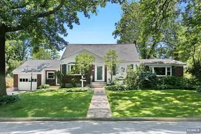 Demarest Single Family Home For Sale: 10 Laurel Road