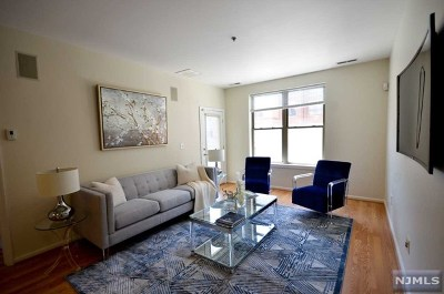 West New York Condo/Townhouse For Sale: 26 Ave At Port Imperial #229