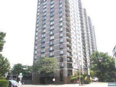 Cliffside Park Condo/Townhouse For Sale: 770 Anderson Avenue #7k