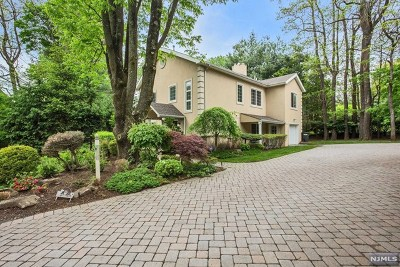 Demarest Single Family Home For Sale: 81 Anderson Avenue