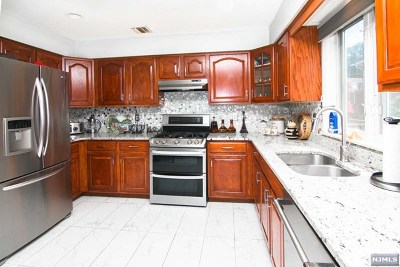 Fairview Condo/Townhouse For Sale: 434b Edgewater Road #B