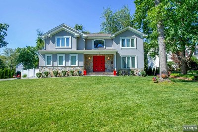 Tenafly Single Family Home For Sale: 57 Crabtree Lane