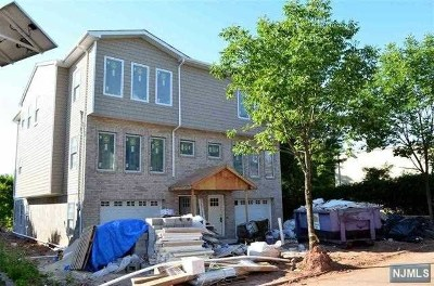 Secaucus Condo/Townhouse For Sale: 684 3rd Street