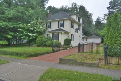 Park Ridge Single Family Home For Sale: 81 Ridge Avenue