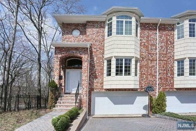Fort Lee NJ Condo/Townhouse For Sale: $949,000
