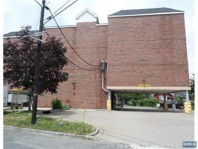 Palisades Park Condo/Townhouse For Sale: 65 Fairview Street #2d