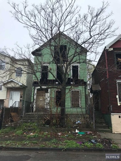 Newark NJ Single Family Home For Sale: $45,000