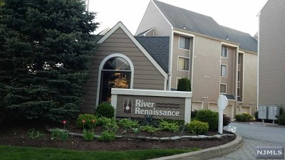 East Rutherford NJ Condo/Townhouse For Sale: $325,000