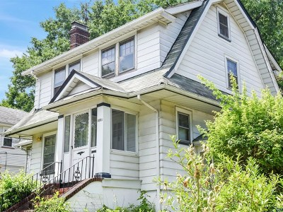 Teaneck Single Family Home For Sale: 1494 Gaylord Terrace