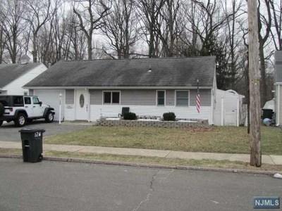Rochelle Park Single Family Home For Sale: 126 Howard Avenue