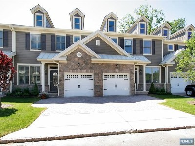 Allendale Condo/Townhouse For Sale: 504 Whitney Lane
