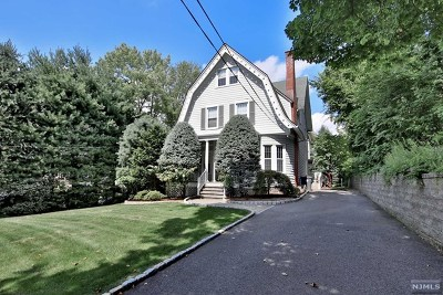 Englewood Single Family Home For Sale: 71 Chestnut Street