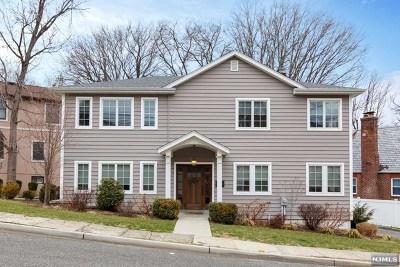Cliffside Park Single Family Home For Sale: 70 Cecelia Avenue