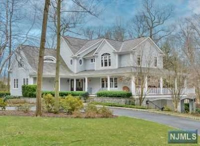 Saddle River Single Family Home For Sale: 13 Glenwood Drive