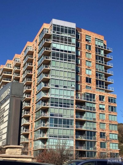 Edgewater Condo/Townhouse For Sale: One Hudson Park #703