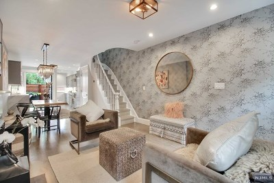 Jersey City Single Family Home For Sale: 161.5 Coles Street