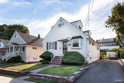Carlstadt Single Family Home For Sale: 724 9th Street