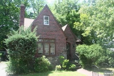 Teaneck Single Family Home For Sale: 612 Ramapo Road