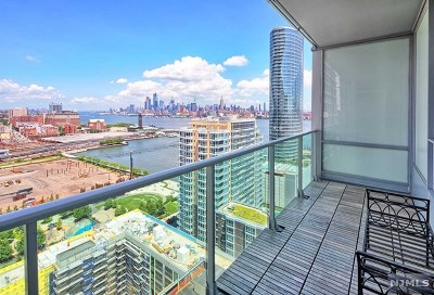 Jersey City Condo/Townhouse For Sale: 1 Shore Lane #2501