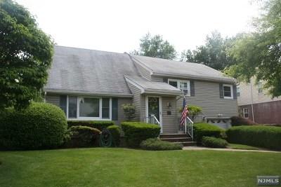 Teaneck Single Family Home For Sale: 34 Walnut Street