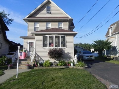 Little Ferry Single Family Home For Sale: 24 Franklin Street