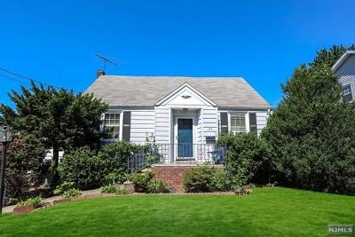 Rochelle Park Single Family Home For Sale: 124 Hazley Avenue