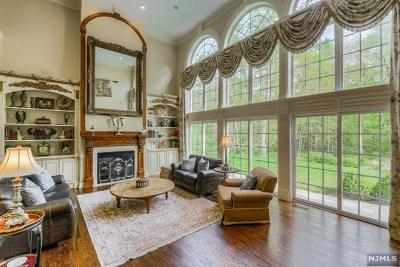 Mahwah Single Family Home For Sale: 6 Patrick Brem Court