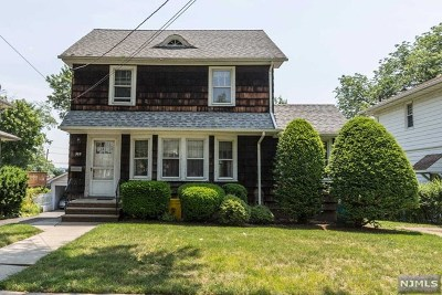 Teaneck Single Family Home For Sale: 309 Gifford Place