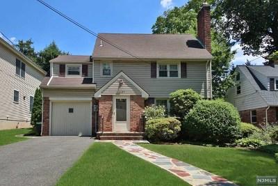 Teaneck Single Family Home For Sale: 1107 Cambridge Road