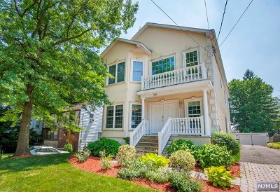 Teaneck Single Family Home For Sale: 158 Merrison Street