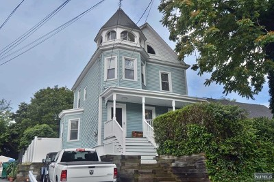 New Milford Single Family Home For Sale: 202 Boulevard