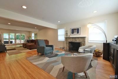 Tenafly Single Family Home For Sale: 86 Hazelton Terrace